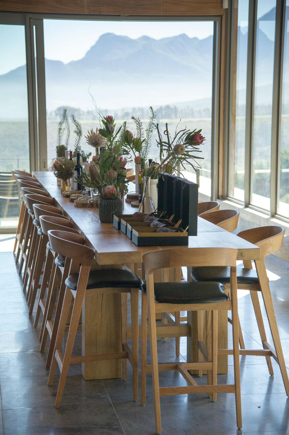 Idiom-Restaurant-Interior-